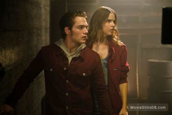 Teen Wolf - Publicity still of Shelley Hennig & Dylan Sprayberry