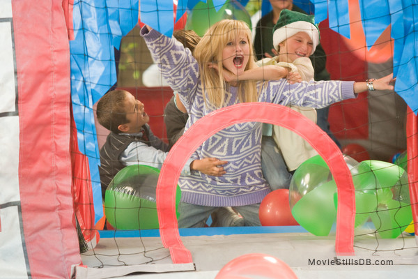 Four Christmases - Publicity still of Reese Witherspoon