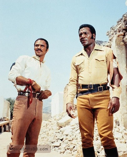100 Rifles - Publicity still of Burt Reynolds & Jim Brown