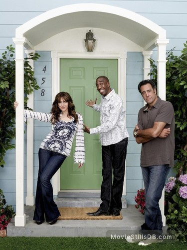 'Til Death - Promo shot of Brad Garrett, Joely Fisher & J.B. Smoove