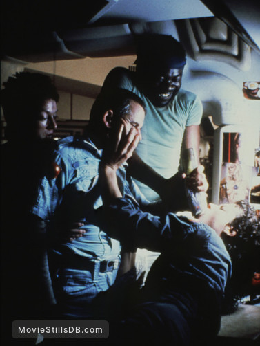 Alien - Publicity still of Veronica Cartwright, Yaphet Kotto, Ian Holm & Sigourney Weaver