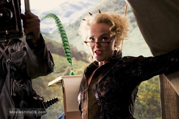 Harry Potter and the Goblet of Fire - Publicity still of Miranda Richardson