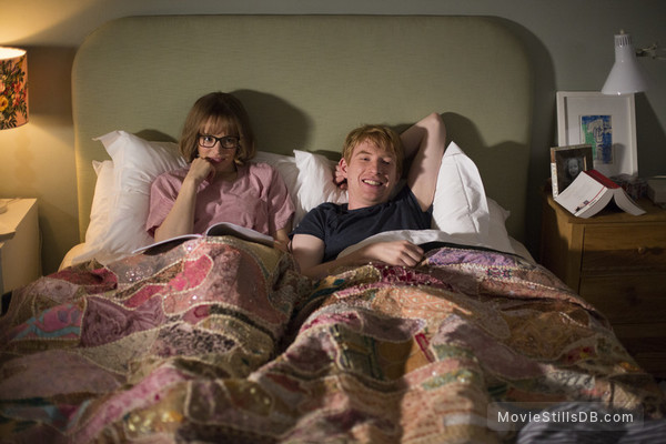 About Time - Publicity still of Rachel McAdams & Domhnall Gleeson