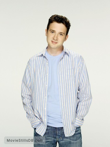 'Til Death - Promo shot of Eddie Kaye Thomas