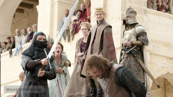 Game of Thrones - Publicity still of Sean Bean, Sophie Turner, Lena Headey, Jack Gleeson & Wilko Johnson