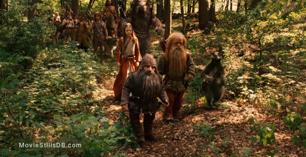 The Chronicles of Narnia: Prince Caspian - Publicity still of Peter Dinklage, Warwick Davis & Georgie Henley
