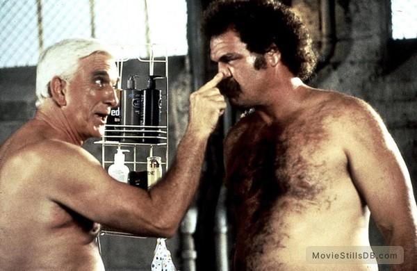 Naked Gun 33 1/3: The Final Insult - Publicity still of Leslie Nielsen & Randall 'Tex' Cobb