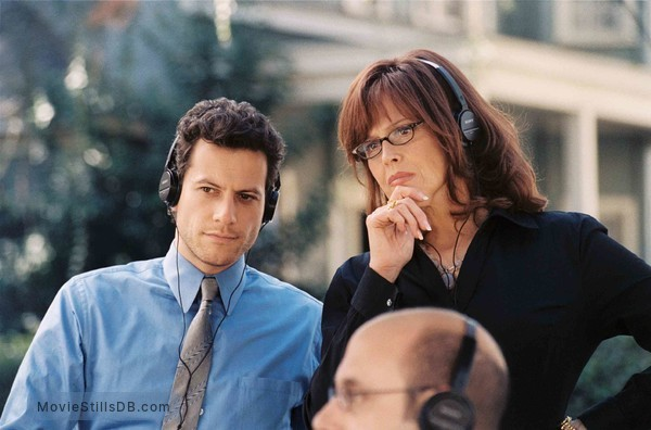 The TV Set - Publicity still of Ioan Gruffudd & Sigourney Weaver