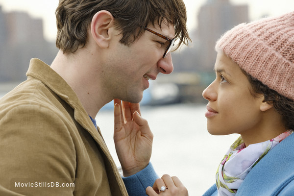 Irreplaceable You - Publicity still of Gugu Mbatha-Raw & Michiel Huisman