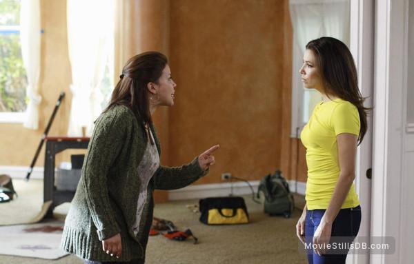 Desperate Housewives - Publicity still of Justina Machado & Eva Longoria