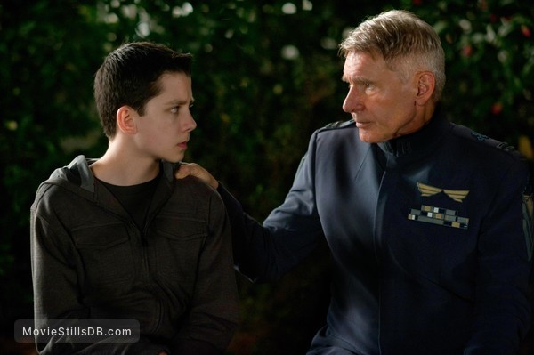Ender's Game - Publicity still of Asa Butterfield & Harrison Ford