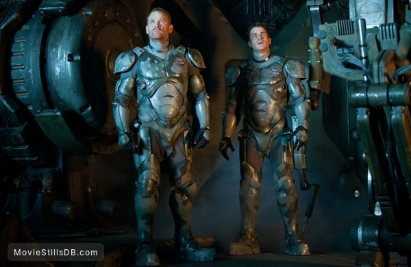 Pacific Rim - Publicity still of Max Martini & Robert Kazinsky