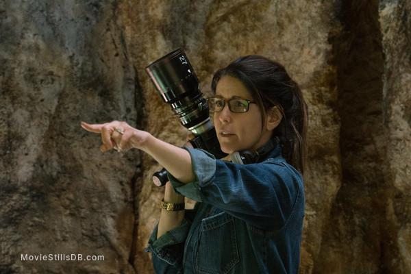 Wonder Woman - Behind the scenes photo of Patty Jenkins