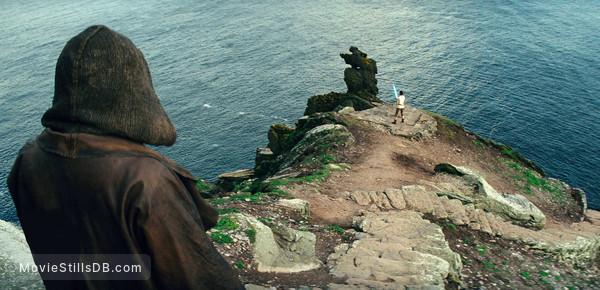 Star Wars: The Last Jedi - Publicity still of Daisy Ridley & Mark Hamill