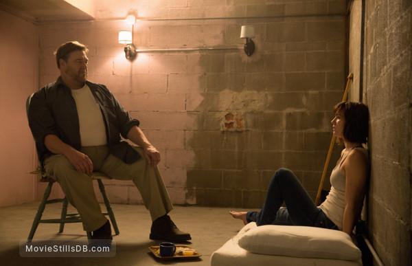 10 Cloverfield Lane - Publicity still of Mary Elizabeth Winstead & John Goodman