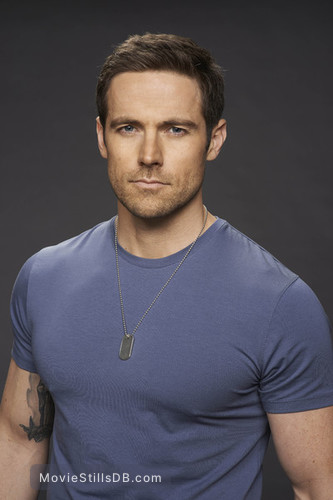 orphan black season 2 promo shot of dylan bruce