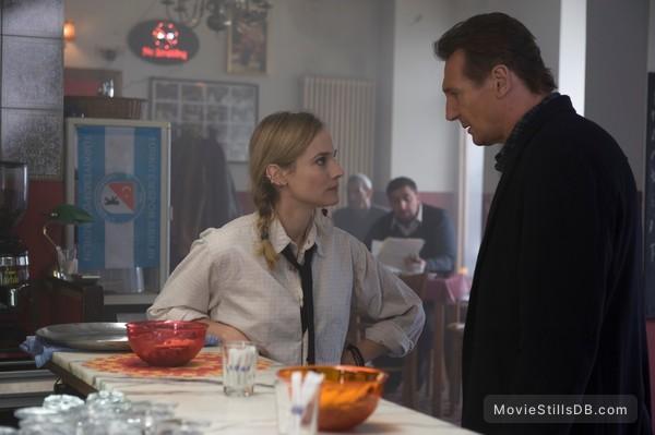 Unknown - Publicity still of Diane Kruger & Liam Neeson