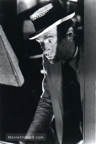 The Night Stalker - Publicity still of Darren McGavin