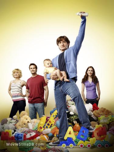 Raising Hope - Promo shot of Lucas Neff, Garret Dillahunt, Martha Plimpton & Shannon Woodward
