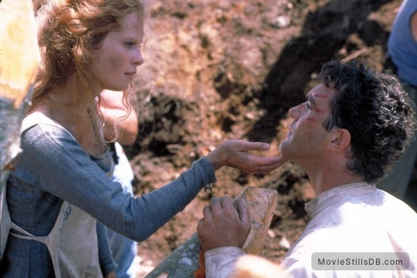 The 13th Warrior - Publicity still of Antonio Banderas & Maria Bonnevie