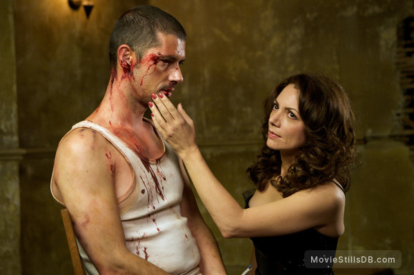 44 Inch Chest - Publicity still of Joanne Whalley & Melvil Poupaud