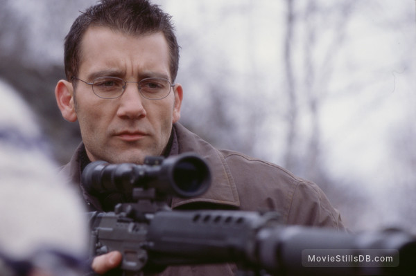 The Bourne Identity - Publicity still of Clive Owen