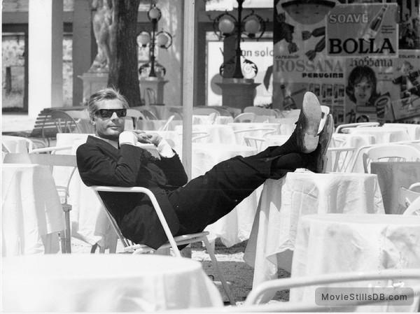 8½ - Publicity still of Marcello Mastroianni