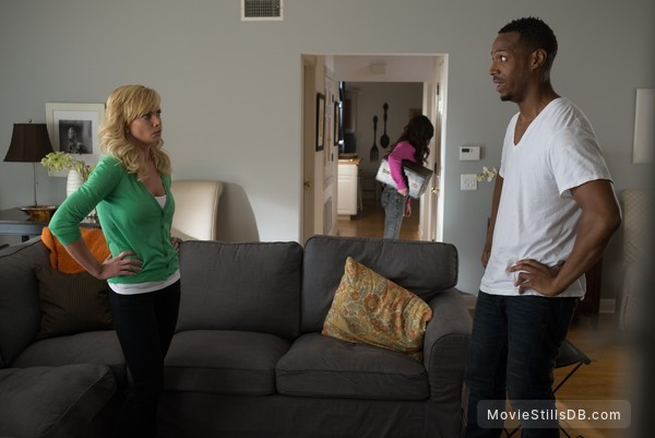 A Haunted House 2 - Publicity still of Marlon Wayans & Jaime Pressly