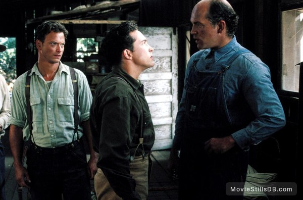 Of Mice and Men - Publicity still of Gary Sinise & Casey ...