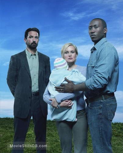 The 4400 - Promo shot of Mahershala Ali, Billy Campbell & Laura Allen