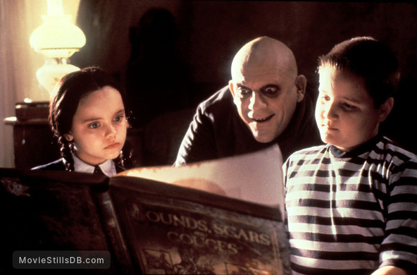 The Addams Family - Publicity still of Christina Ricci, Jimmy Workman & Christopher Lloyd