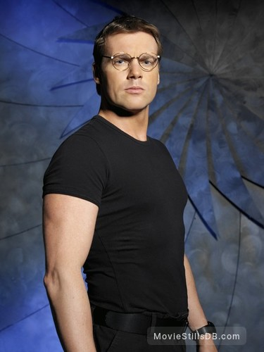 Stargate SG-1 - Promo shot of Michael Shanks