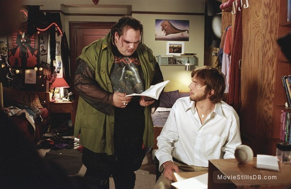 The Butterfly Effect - Publicity still of Ethan Suplee & Ashton Kutcher