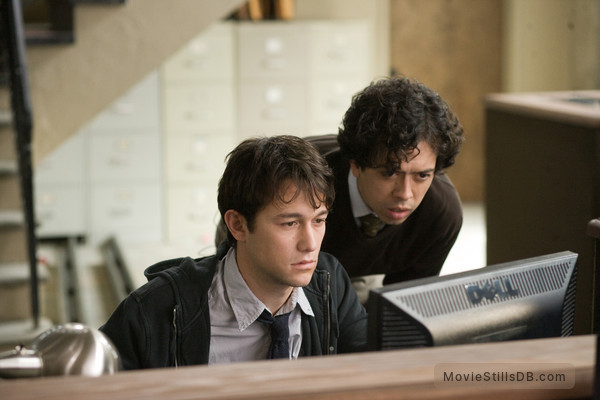 (500) Days of Summer - Publicity still of Joseph Gordon-Levitt & Geoffrey Arend