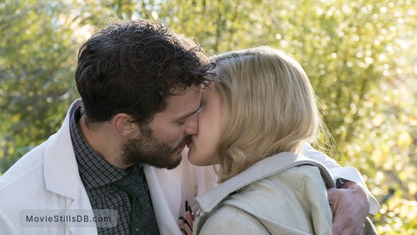 The 9th Life of Louis Drax - Publicity still of Jamie Dornan & Sarah Gadon