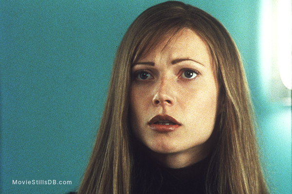 Sliding Doors Publicity Still Of Gwyneth Paltrow