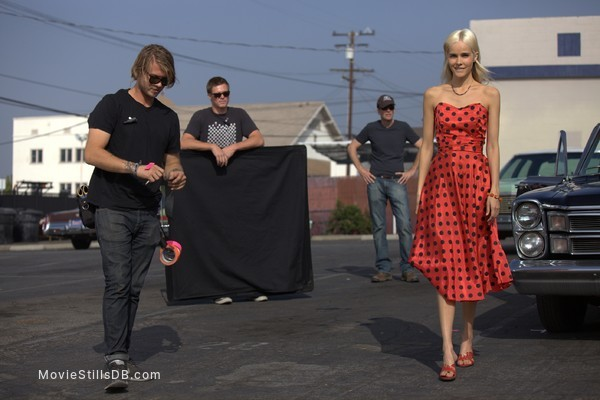 Electric Slide - Behind the scenes photo of Isabel Lucas