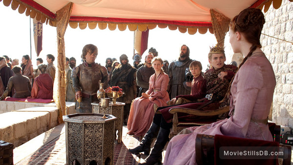 Game of Thrones - Publicity still of Jack Gleeson, Sophie Turner, Peter Dinklage, Aimee Richardson & Callum Wharry