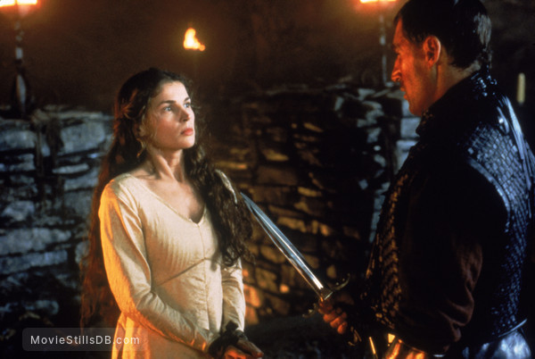 First Knight - Publicity still of Julia Ormond & Ben Cross