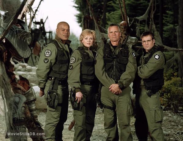 Stargate SG-1 - Promo shot of Christopher Judge, Michael Shanks, Amanda Tapping & Richard Dean Anderson
