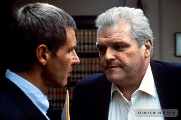Presumed Innocent   Publicity Still Of Harrison Ford U0026 Brian Dennehy