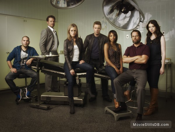 Mercy - Promo shot of Michelle Trachtenberg, Jaime Lee Kirchner, Taylor Schilling, James Le Gros, Diego Klattenhoff & James Tupper