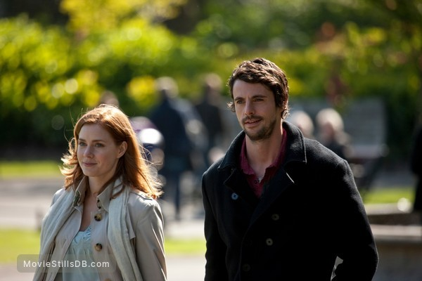 Leap Year - Publicity still of Amy Adams & Matthew Goode