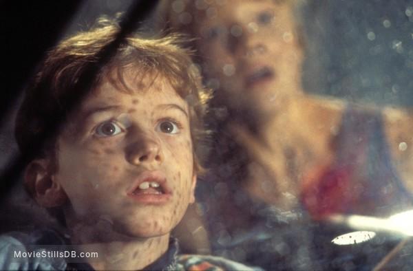 Jurassic Park - Publicity still of Joseph Mazzello & Ariana Richards