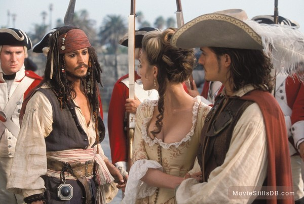 Pirates of the Caribbean: The Curse of the Black Pearl - Publicity still of Johnny Depp, Orlando Bloom & Keira Knightley