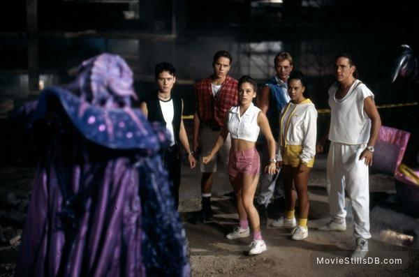[Análise Retro Game] - Mighty Morphin Power Rangers O Filme - Mega Drive/SNES/Game Gear Mighty-morphin-power-rangers-the-movie-lg