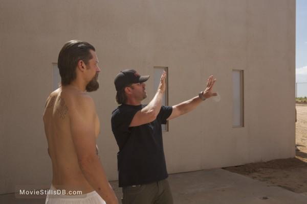 Shot Caller - Behind the scenes photo of Nikolaj Coster-Waldau & Ric Roman Waugh