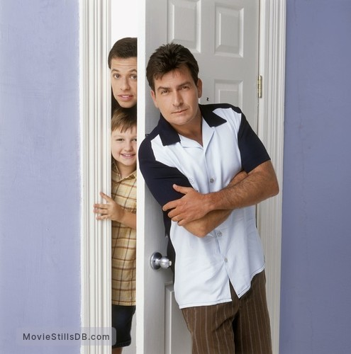 Two and a Half Men - Promo shot of Angus T. Jones, Jon Cryer & Charlie Sheen