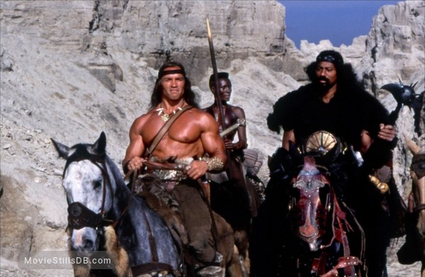 Conan The Destroyer - Publicity still of Grace Jones, Arnold Schwarzenegger & Wilt Chamberlain