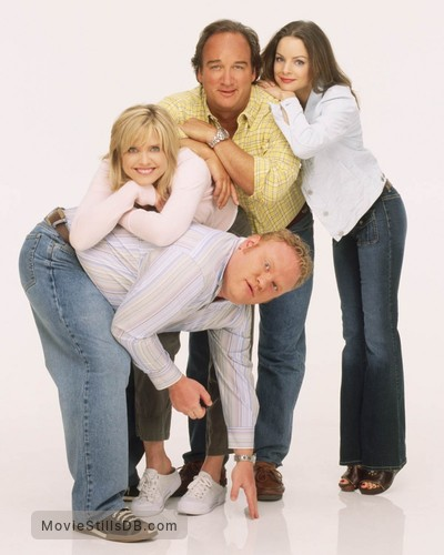 According to Jim - Promo shot of Larry Joe Campbell, Kimberly Williams-Paisley, Courtney Thorne-Smith & James Belushi